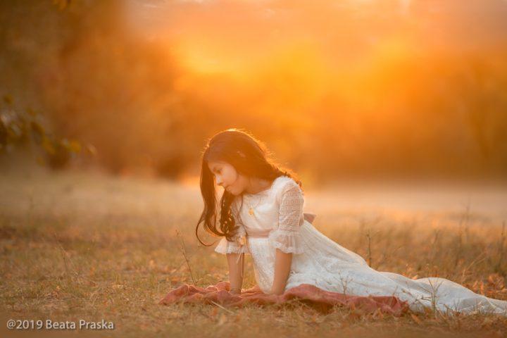 foto de comunión niña vestido encaje