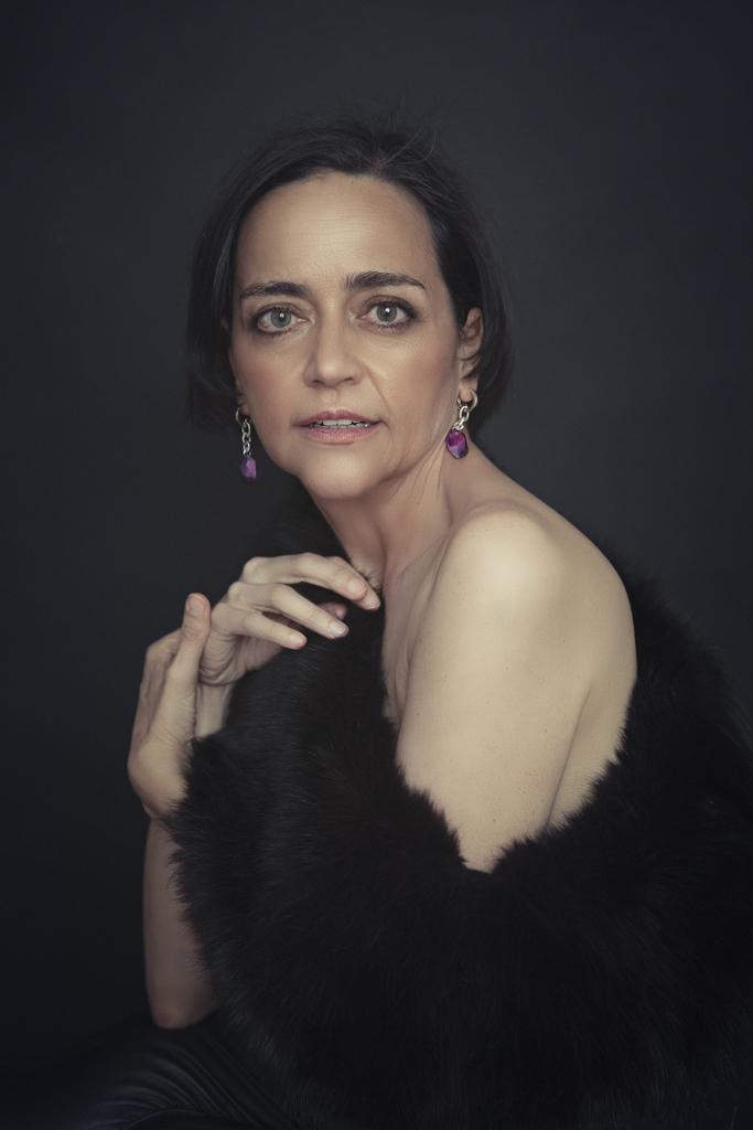 foto artistica de mujer madura en madrid