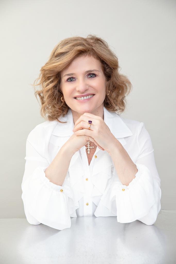 fotografia de mujer en su reportaje fotografico de personal branding por Beata Praska