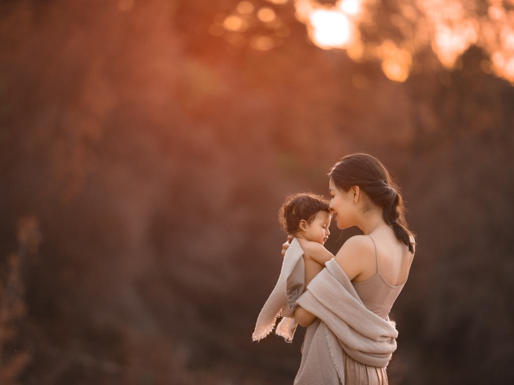 fotografia de bebe y familia