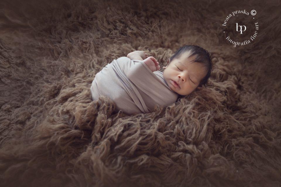 una fotografia del bebe newborn